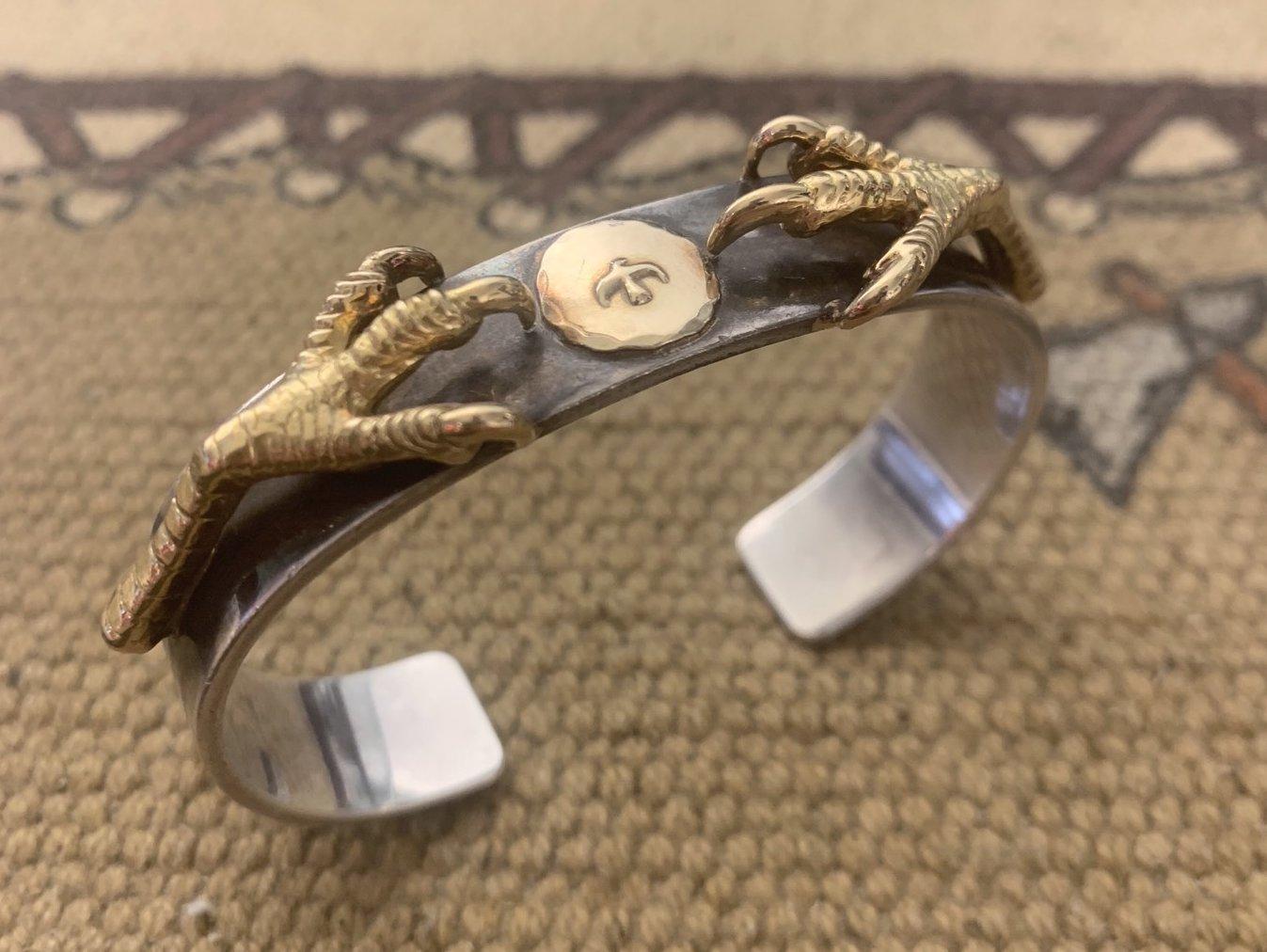 金爪ブレス